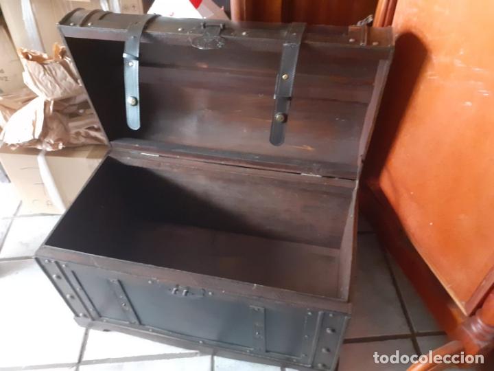 Antigüedades: BAUL CUERO Y MADERA AÑOS 70 - Foto 3 - 169026444