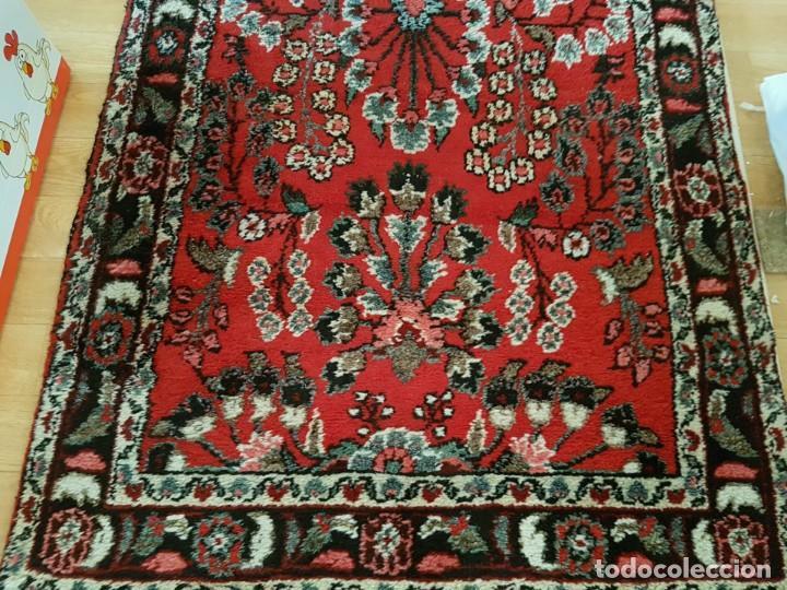 Antigüedades: Extraordinaria y antigua alfombra persa de pasillo,lana pura hecha a mano.color principal rojo. - Foto 3 - 169051352