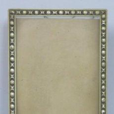 Antiques - MARCO DE MADERA PLATEADA. PPIOS. SIGLO XX - 169053680