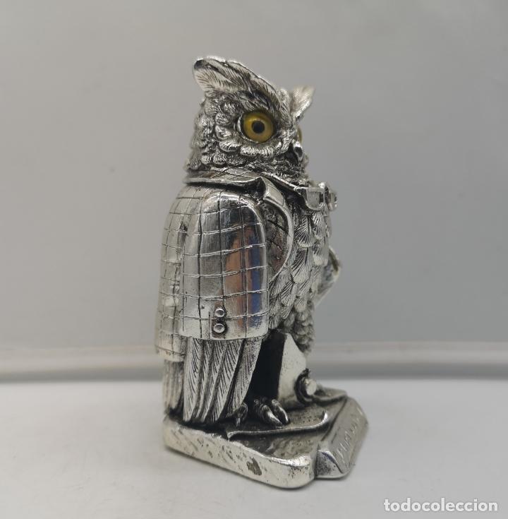 Antigüedades: Original figura antigua de búho Periodista con acabado laminado en plata de ley 925 . - Foto 4 - 169079724