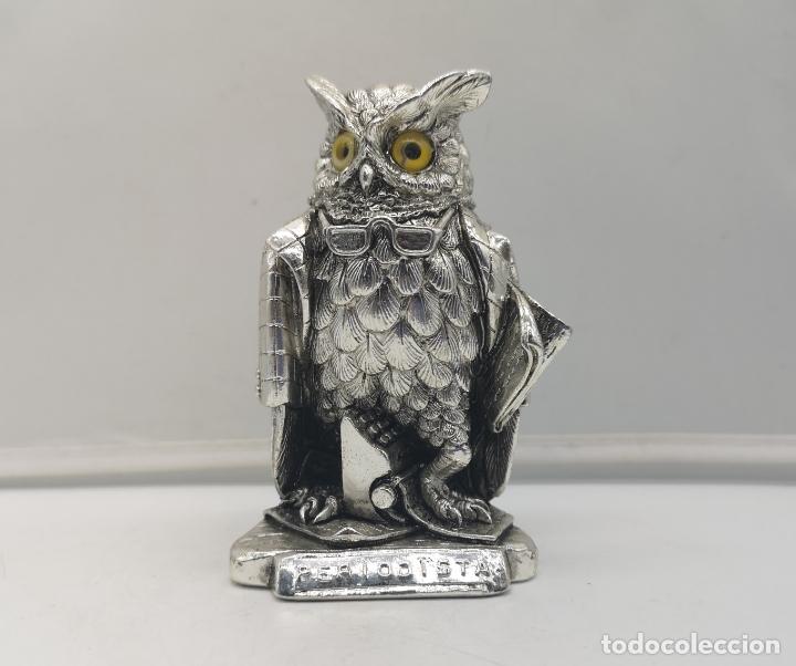Antigüedades: Original figura antigua de búho Periodista con acabado laminado en plata de ley 925 . - Foto 5 - 169079724