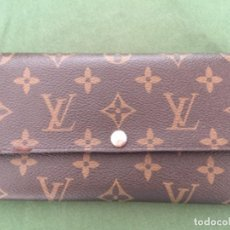 Antigüedades: CARTERA LOUIS VUITTON REPLICA DESCOSIDA POR UN LADO. Lote 169114936