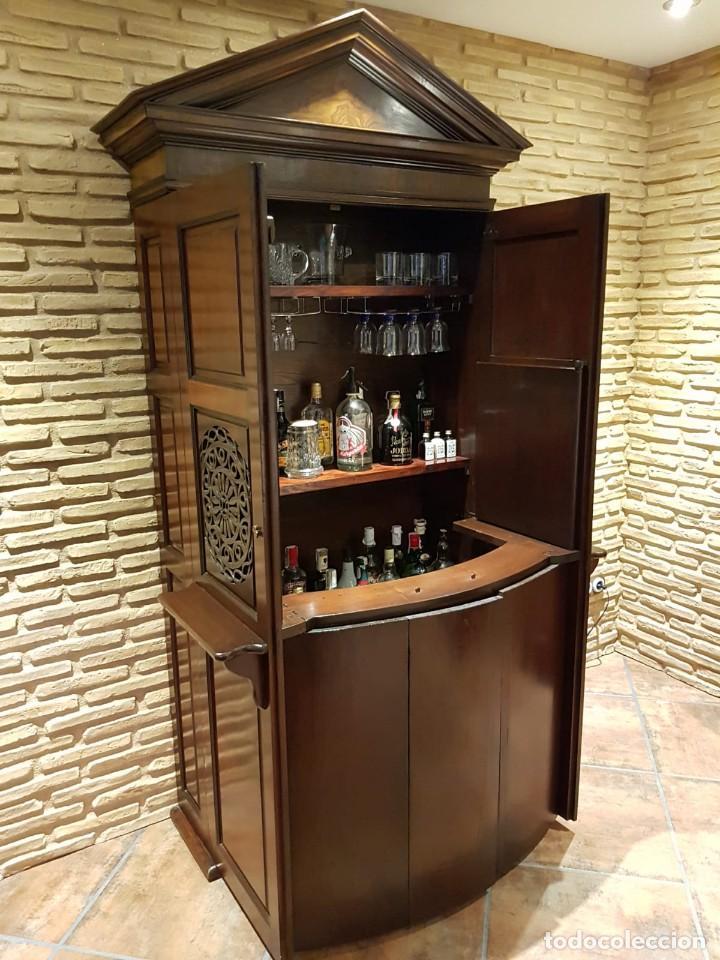 ANTIGUO CONFESIONARIO TRANSFORMADO EN MUEBLE BAR (Antigüedades - Muebles Antiguos - Auxiliares Antiguos)