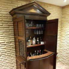 Antigüedades: ANTIGUO CONFESIONARIO TRANSFORMADO EN MUEBLE BAR. Lote 169129440