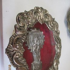 Antigüedades: RELICARIO PLATEADO DE LA VIRGEN DEL PILAR - MEDIDAS 25X21.5 CM. - ANTIGUO.. Lote 169136641