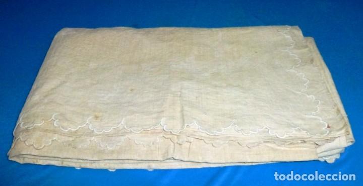 ANTIGUA COLCHA CUBRE CAMAS DE LINO. (Antigüedades - Hogar y Decoración - Colchas Antiguas)