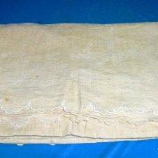 Antigüedades: ANTIGUA COLCHA CUBRE CAMAS DE LINO.. Lote 168869048