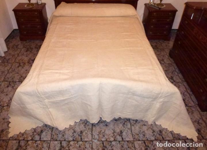 Antigüedades: Antigua colcha cubre camas de lino. - Foto 4 - 168869048