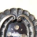 Antigüedades: RELICARIO EN CAJA REPUJADA PLATEADA CRISTO DE GRAN PODER SEVILLA.. Lote 169155132