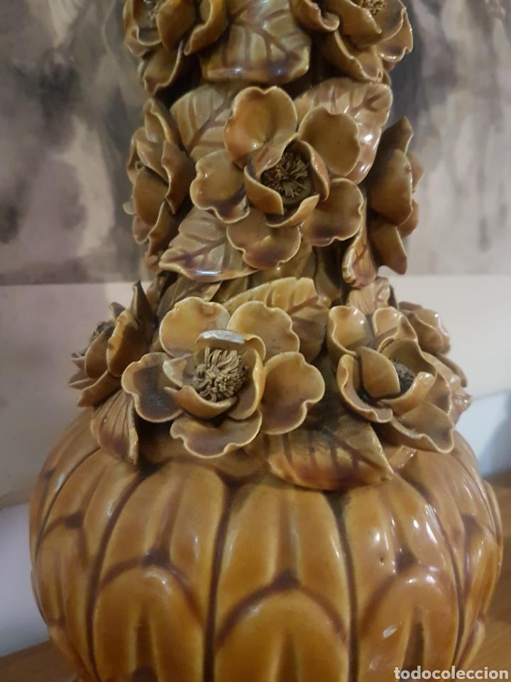 Antigüedades: Preciosa lámpara manises flores 47cm - Foto 2 - 169167354