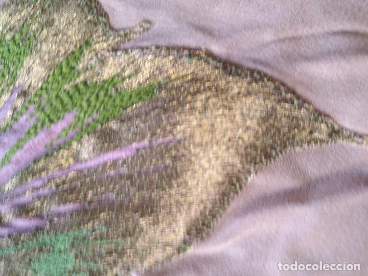 Antigüedades: bordado oro metal espectacular colcha manto virgen divina pastora o manton falda regional rosa - Foto 3 - 169176828