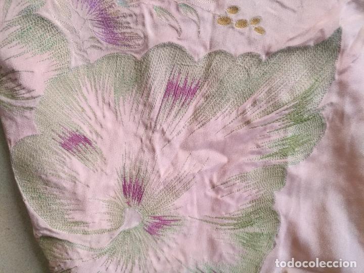 Antigüedades: bordado oro metal espectacular colcha manto virgen divina pastora o manton falda regional rosa - Foto 9 - 169176828