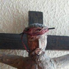 Antigüedades: CRISTO TALLADO EN CRUZ ANTIGUO. Lote 169186060