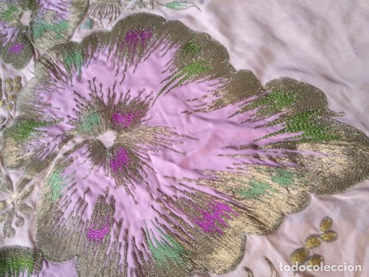 Antigüedades: bordado oro metal espectacular colcha manto virgen divina pastora o manton falda regional rosa - Foto 19 - 169176828