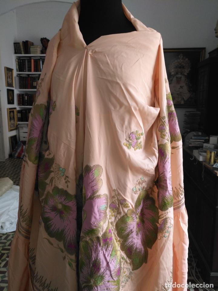 Antigüedades: bordado oro metal espectacular colcha manto virgen divina pastora o manton falda regional rosa - Foto 20 - 169176828
