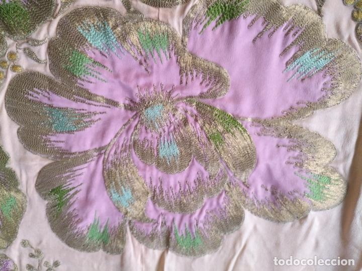 Antigüedades: bordado oro metal espectacular colcha manto virgen divina pastora o manton falda regional rosa - Foto 29 - 169176828