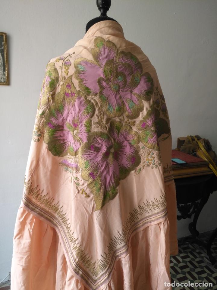 Antigüedades: bordado oro metal espectacular colcha manto virgen divina pastora o manton falda regional rosa - Foto 33 - 169176828