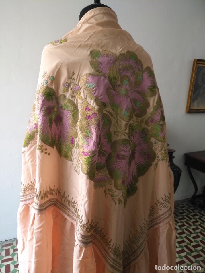 Antigüedades: bordado oro metal espectacular colcha manto virgen divina pastora o manton falda regional rosa - Foto 37 - 169176828