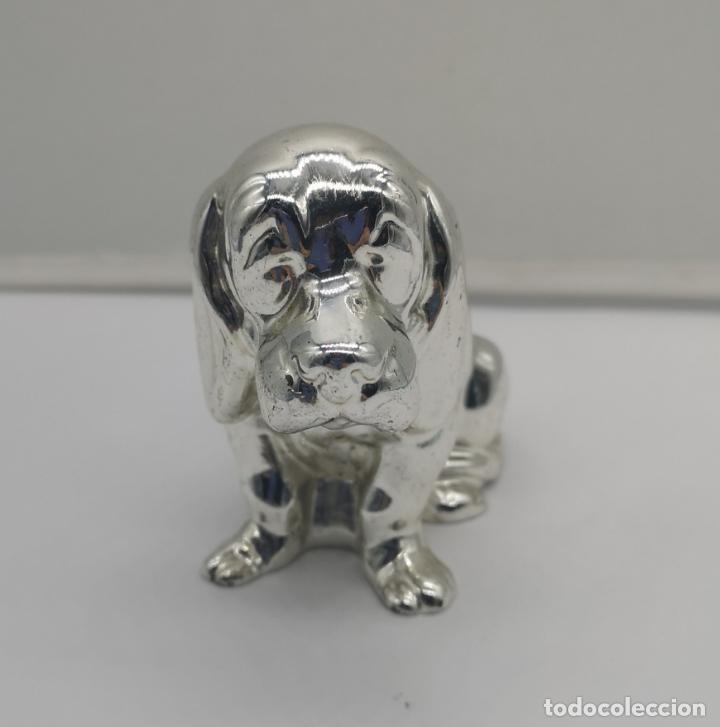 Antigüedades: Bella figura antigua de perro beagle laminado en plata de ley 925 . - Foto 2 - 169187596