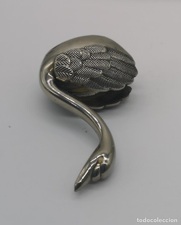 Antigüedades: Figura antigua de cisne en metal con acabado laminado en plata de ley . - Foto 6 - 169188400
