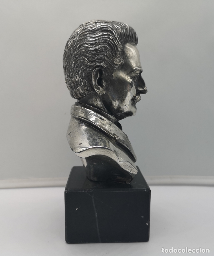 Antigüedades: Busto antiguo del compositor Johann Strauss laminado en plata de ley sobre peana de mármol . - Foto 4 - 169189876