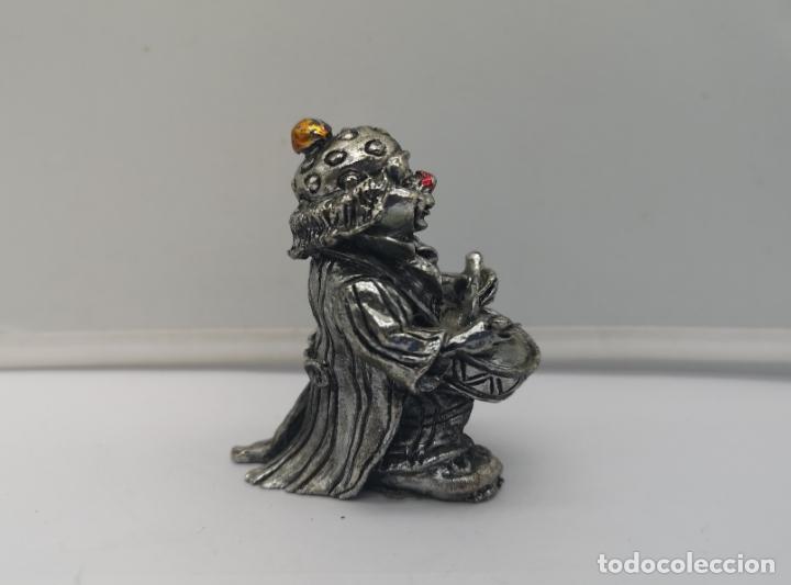 Antigüedades: Bella figura antigua de payaso laminado en plata de ley 925 con detalles esmaltados . - Foto 4 - 169190180