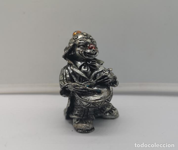 Antigüedades: Bella figura antigua de payaso laminado en plata de ley 925 con detalles esmaltados . - Foto 5 - 169190180