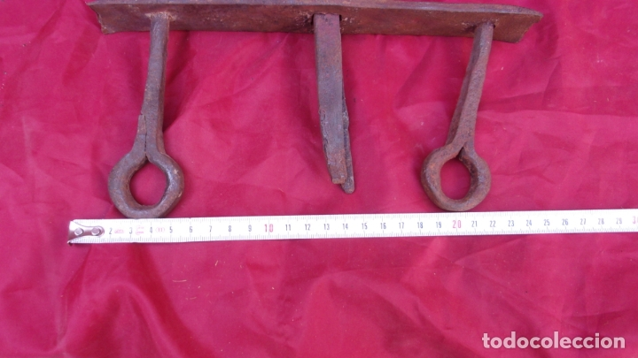 Antigüedades: antigua pieza forja,hierro,colgar utiles? - Foto 2 - 169193860