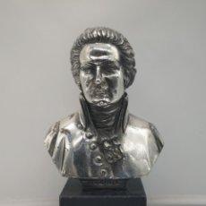 Antigüedades: BUSTO ANTIGUO DE WOLFGANG AMADEUS MOZART LAMINADO EN PLATA DE LEY SOBRE PEANA DE MÁRMOL .. Lote 169226000