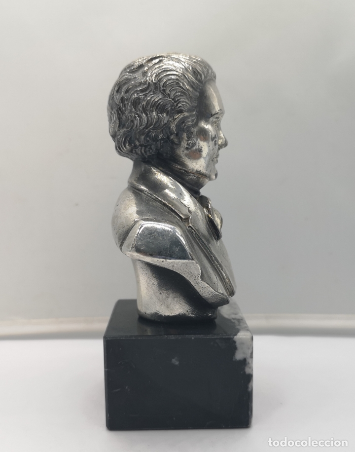 Antigüedades: Busto antiguo de Franz Schubert laminado en plata de ley sobre peana de mármol . - Foto 4 - 169235208