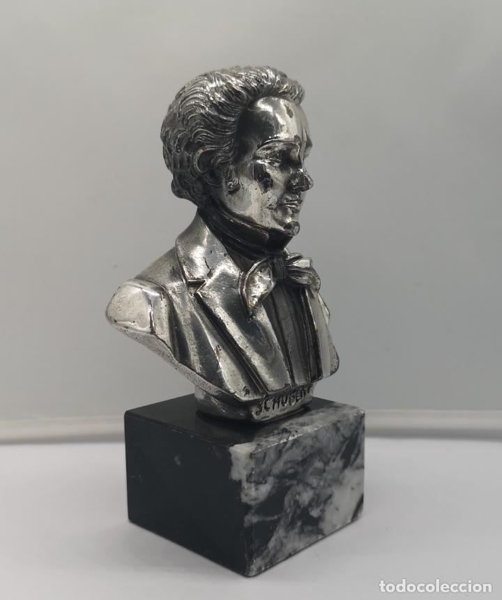 Antigüedades: Busto antiguo de Franz Schubert laminado en plata de ley sobre peana de mármol . - Foto 5 - 169235208