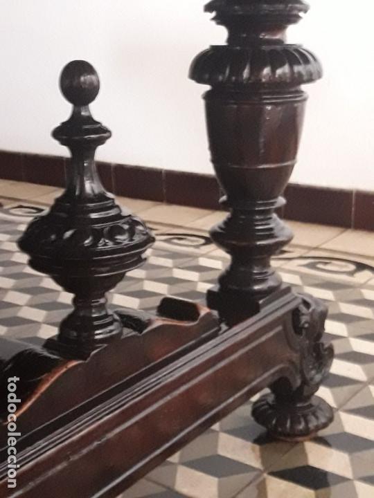 Antigüedades: MESA ISABELINA DE CAOBA TALLADA Y 6 SILLAS. (1850-1860) - Foto 18 - 146460126