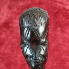 Antigüedades: BASTÓN AFRICANO TALLADO CON CABEZA HUMANA. (PRINCIPIOS DEL SIGLO XX) DESCONOCIDO. Lote 169301496