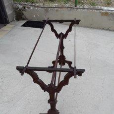 Antigüedades: MESA DE HIERRO TIPICA DE BAR. Lote 169307668