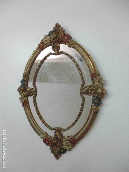 Antigüedades: Bonito Espejo Ovalado - Madera y Estuco Dorado y Pintado - Años 50 - Foto 5 - 169322308