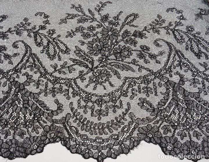 Antigüedades: Encaje Ancho Chantilly - Foto 2 - 169328136