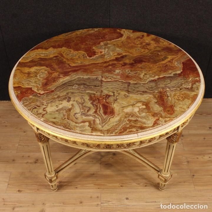 Antigüedades: Mesa redonda italiana lacada y dorada en estilo Luis XVI. - Foto 5 - 169385672