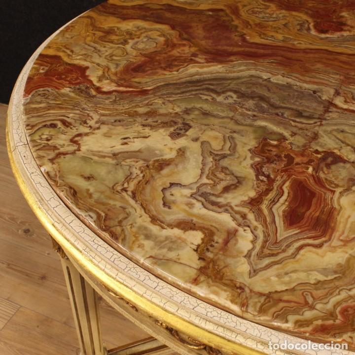 Antigüedades: Mesa redonda italiana lacada y dorada en estilo Luis XVI. - Foto 7 - 169385672