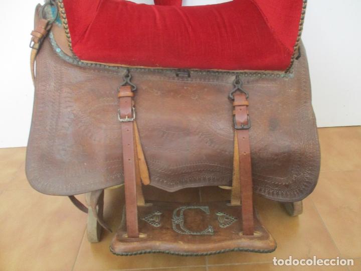 Antigüedades: Preciosa Silla de Montar - de Señora, Novia - S. XVIII - Perfecta - Pieza de colección, Museo - Foto 3 - 169445740