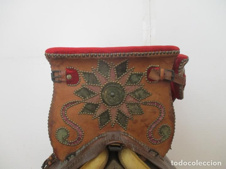 Antigüedades: Preciosa Silla de Montar - de Señora, Novia - S. XVIII - Perfecta - Pieza de colección, Museo - Foto 7 - 169445740