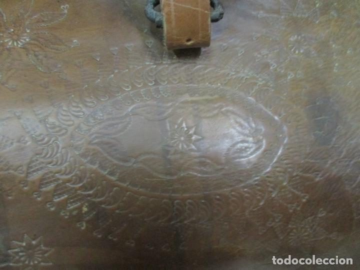 Antigüedades: Preciosa Silla de Montar - de Señora, Novia - S. XVIII - Perfecta - Pieza de colección, Museo - Foto 18 - 169445740