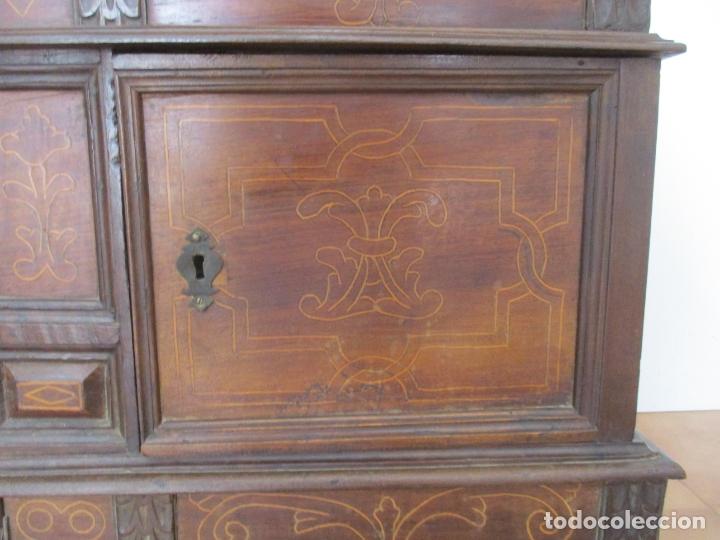 Antigüedades: Antigua Caja de Novia, Baúl, Arcón Catalán - Madera de Nogal y Marquetería - S. XVIII - Foto 3 - 169475608