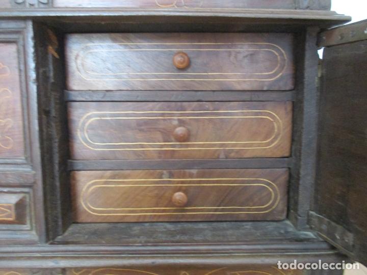 Antigüedades: Antigua Caja de Novia, Baúl, Arcón Catalán - Madera de Nogal y Marquetería - S. XVIII - Foto 6 - 169475608