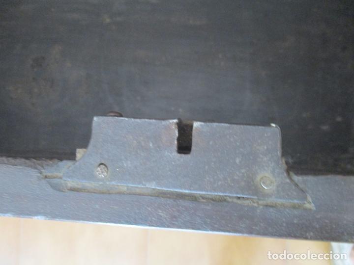 Antigüedades: Antigua Caja de Novia, Baúl, Arcón Catalán - Madera de Nogal y Marquetería - S. XVIII - Foto 19 - 169475608