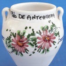 Antigüedades: CERAMICA VASIJA DECORADA RECUERDO DE ANTEQUERA. Lote 169477330
