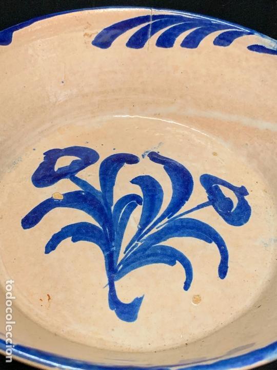 Antigüedades: Precioso bol en terracota pintado a mano. mide 21cms de diametro x7 alto - Foto 4 - 169584036