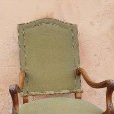 Antigüedades: SILLON DESPACHO ESTILO LUIS XV TAPIZADO. Lote 169595608