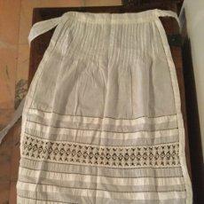 Antigüedades: ANTIGUO MANDIL SIGLO XIX. Lote 169602438