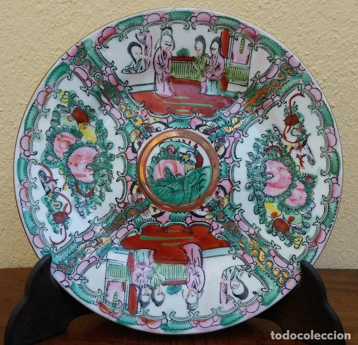 PRECIOSO Y ANTIGUO PLATO DE PORCELANA CHINA DE MACAO. MIDE 20 CM (Antigüedades - Porcelanas y Cerámicas - China)