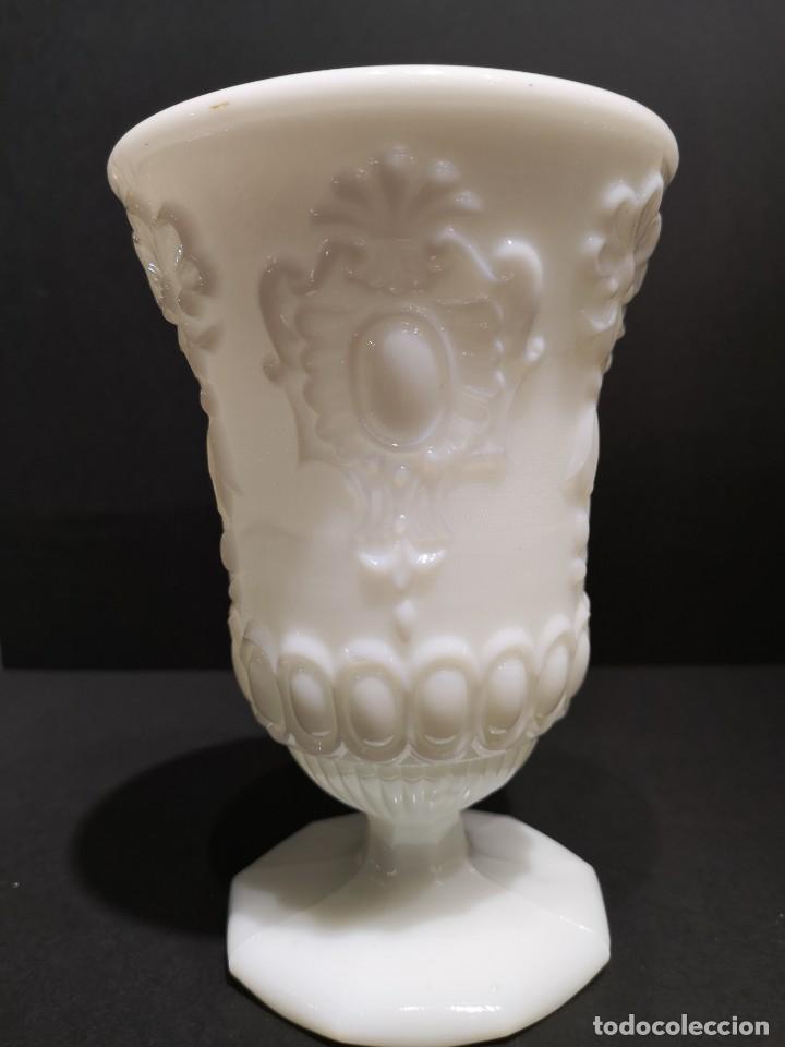 COPA JARRÓN OPALINA BLANCO (Antigüedades - Porcelanas y Cerámicas - Otras)